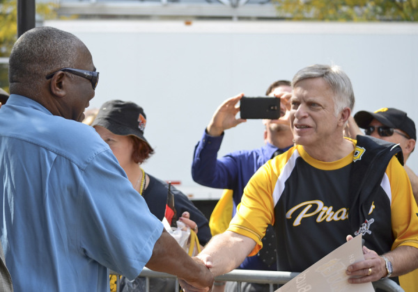 Former Pirates catcher Manny Sanguillen greets fans a the pep rally on Sept. 30, 2014 in Market Square.  Photo: Haley Wisniewski | Point Park News Service