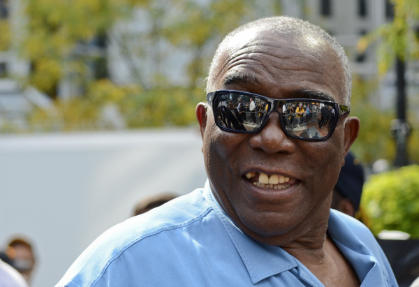 Former Pirates catcher Manny Sanguillen attended the Market Square rally on Sept. 30, 2014. Photo: Haley Wisniewski   Point Park News Service